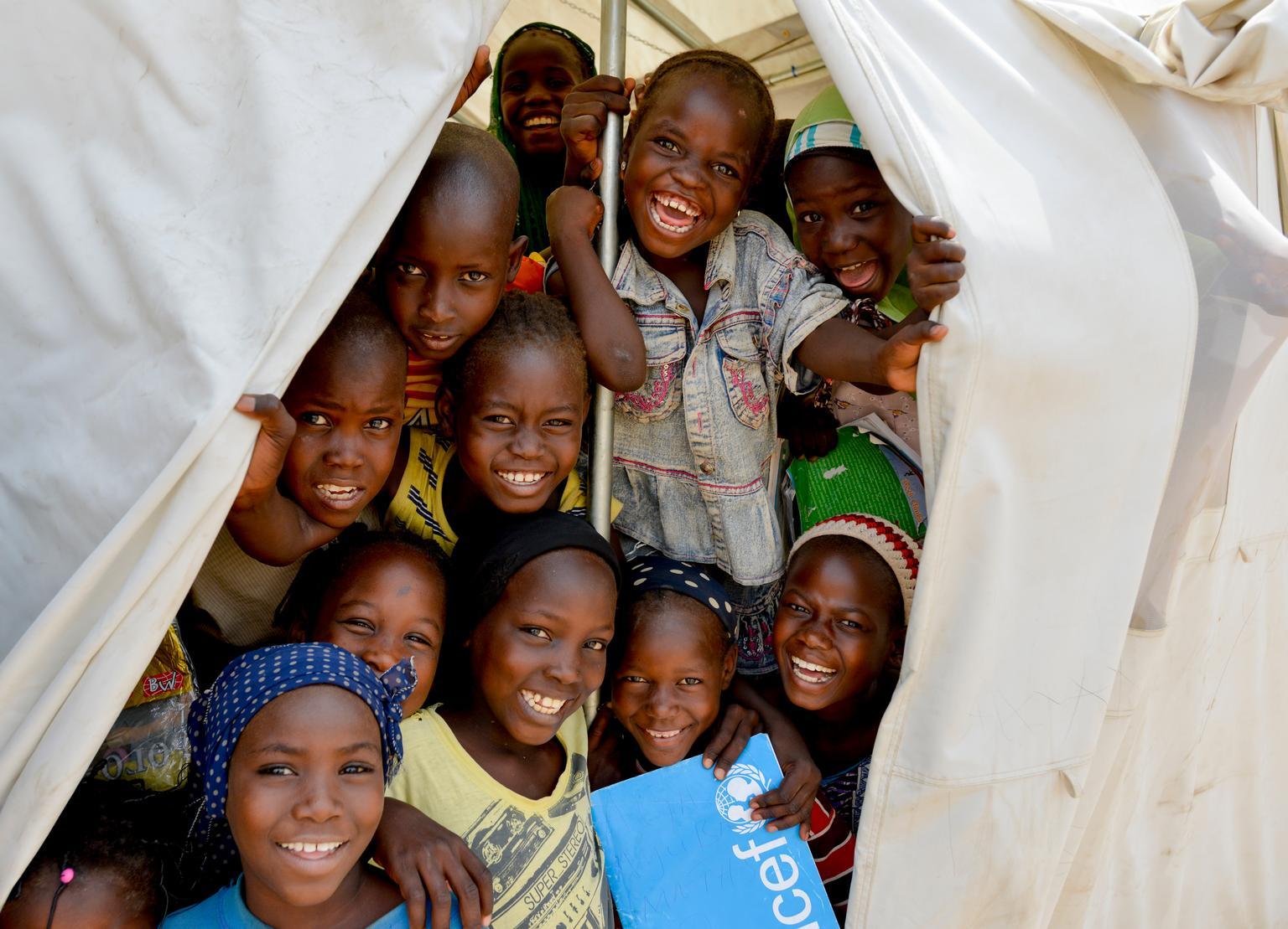 UNICEF/NYHQ2015-0612/Rich