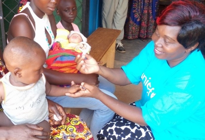 Mauricette Deballe is a doctor at the UNICEF Bossangoa Field Office in the Central African Republic.