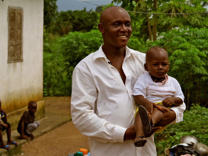Alhassan contracted Ebola when he visited the home of his sick mother – he recovered, as did his siblings. (c) UNICEF Sierra Leone/2014/Dunlop