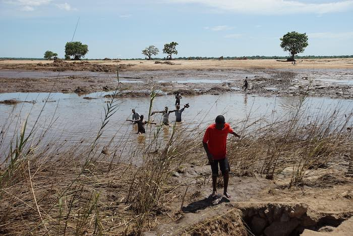 """Cyclone Idai has now hit a population, which was already in despair and extremely vulnerable. The impact of the storm is multiplying their suffering"", says Marcoluigi Corsi, UNICEF Representative in Mozambique."