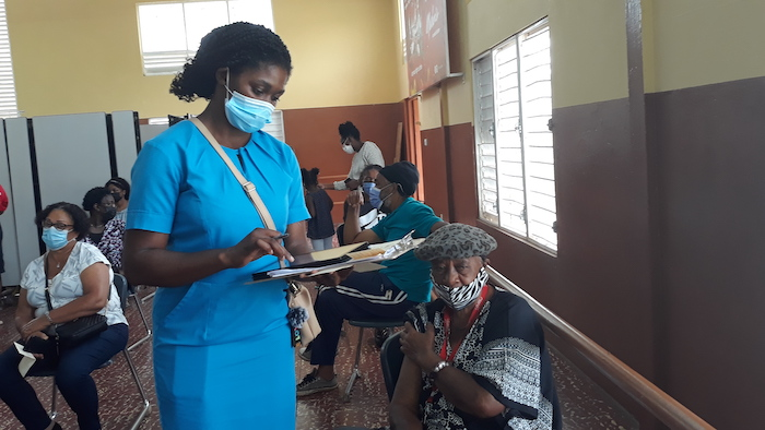 UNICE helped Jamaica's Ministry of Health implement the CommCare electronic data capture system to track COVID-19 vaccination efforts.