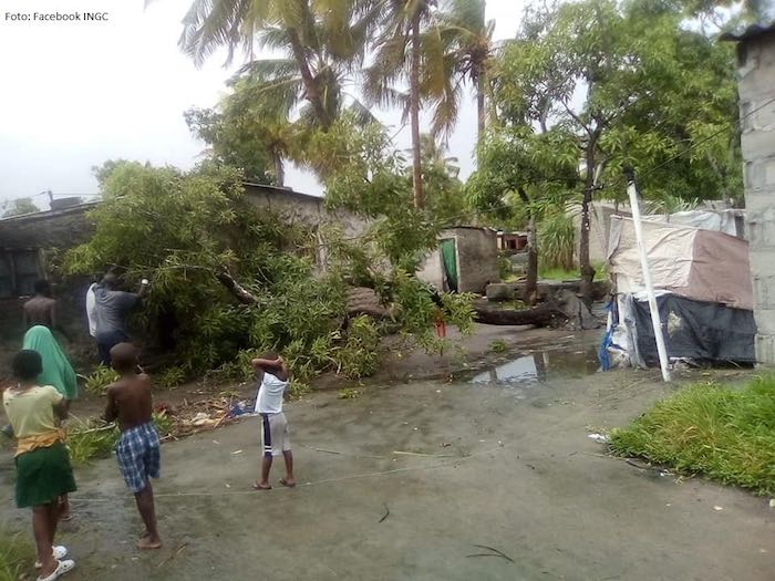 Mozambique's Sofala region sustained serious damage thanks to Cyclone Idai. It is estimated that 600,000 people are affected, of which 260,000 are children. Thousands have been displaced because their homes are destroyed.