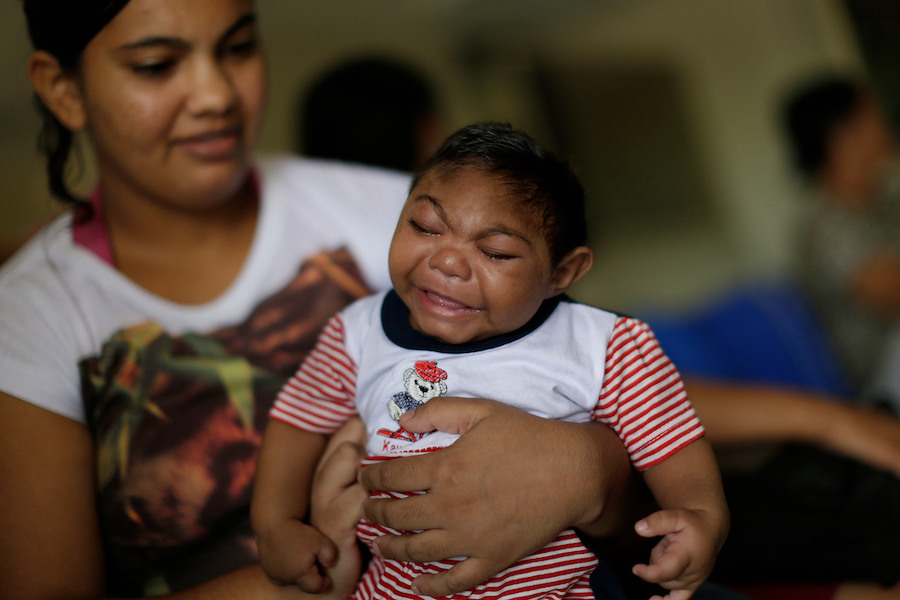 On 23 February 2016, Danielle Lira, 19 years-old, mother of Thalles, who was born with microcephaly in Recife, Brazil. UNICEF 2016 ZIKA