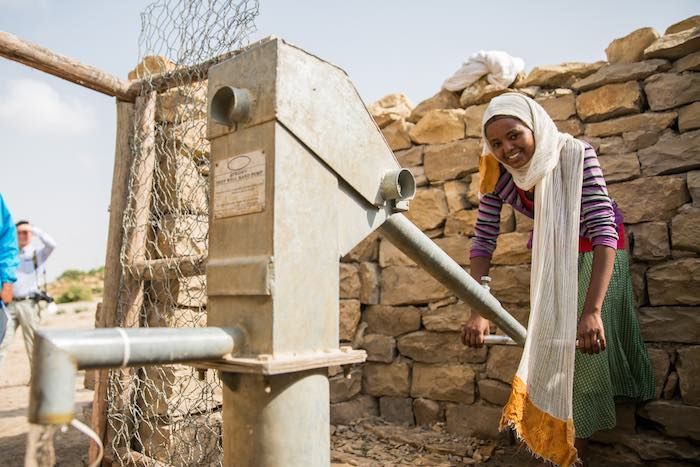 Dry conditions stemming from El Nino have caused severe drinking water shortages for Ethiopia's people and livestock. To help families survive, UNICEF funded wells and water treatment to ensure 5,300 people like 16-year-old Silas, who's drawing water from
