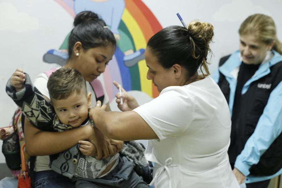 On 5 June 2019 in Venezuela, a child is immunized against yellow fever at a UNICEF-supported health center in las Minas de Baruta, Caracas.