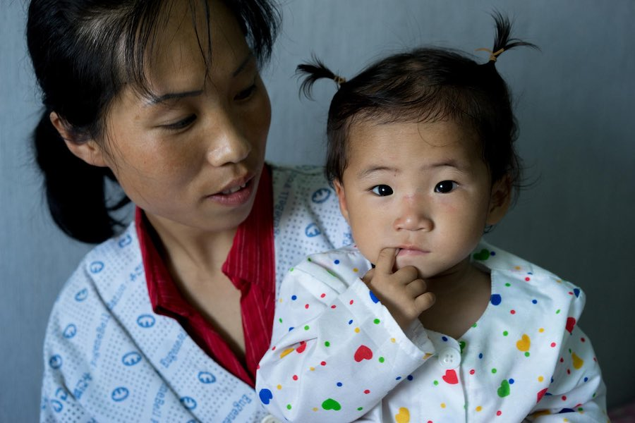 When her mom brought her into the UNICEF-supported hospital in the Democratic People's Republic of Korea, this 2-year-old was underweight and suffering from a fever and persistent cough caused by malnutrition. But after three weeks of round-the-clock care
