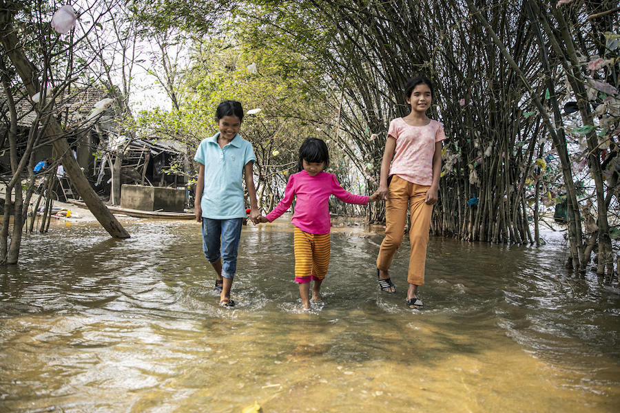 Severe flooding in Vietnam has left families in dire circumstances. UNICEF is working with partners to supply essential  supplies and services.