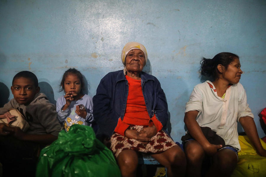 Families remain in shelters while waiting for the passage of Hurricane Eta, in Bilwi, Puerto Cabezas, Nicaragua, on November 2, 2020.
