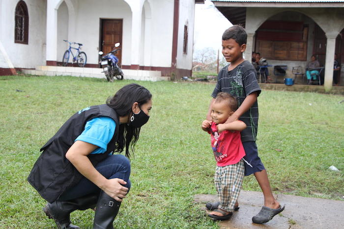 A member of UNICEF's team that traveled to Nicaragua's Lamlaya community to assess needs and provide support to families affected by Hurricane Iota