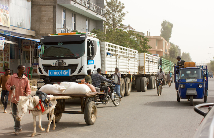 UNICEF trucks carrying essential health, nutrition, sanitation and hygiene supplies arrive to support the needs of 102,000 people in Shire town, Tigray region.© UNICEF/UN0413692/Leul Kinfu