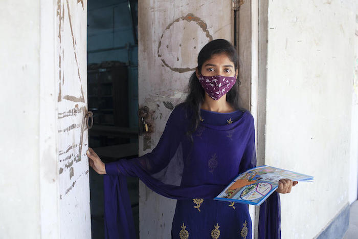 Eti, 18, is a peer counselor for adolescent girls in her community in Dhaka, Bangladesh.