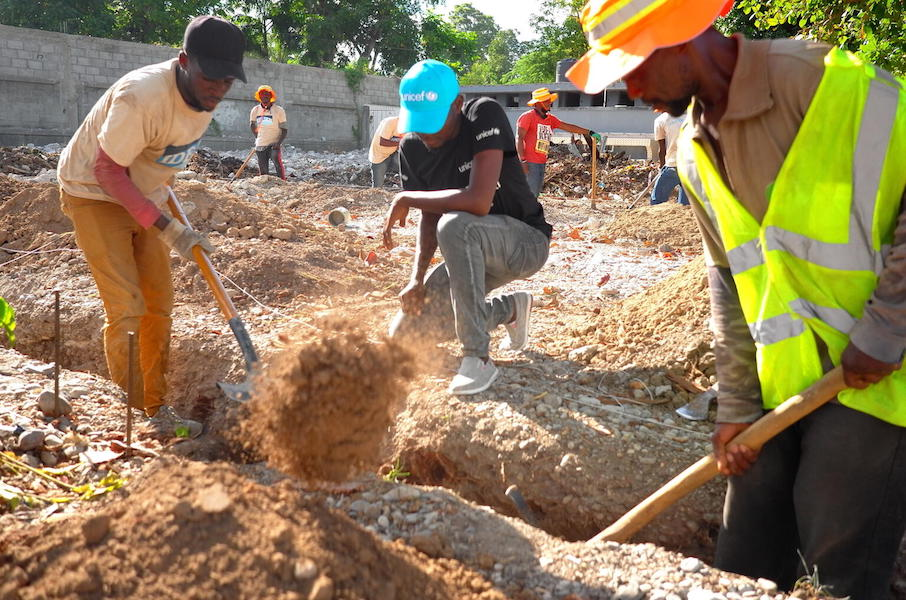 In Les Cayes, Haiti in October 2021, the initial phase of the reconstruction work has begun at some schools destroyed by the August 14, 2021 earthquake. Progress is expected to accelerate in the coming weeks, should resources be made available.