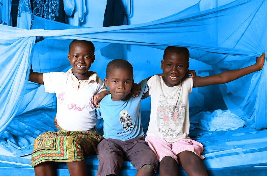 Pauline Kouissi Kossia, 35 years old, her husband and her four children, aged two to 11, have been sleeping under mosquito nets for the past six years. They live in the village of Parhadi in the North East of Côte d'Ivoire. With her husband, Nicolas Kouis