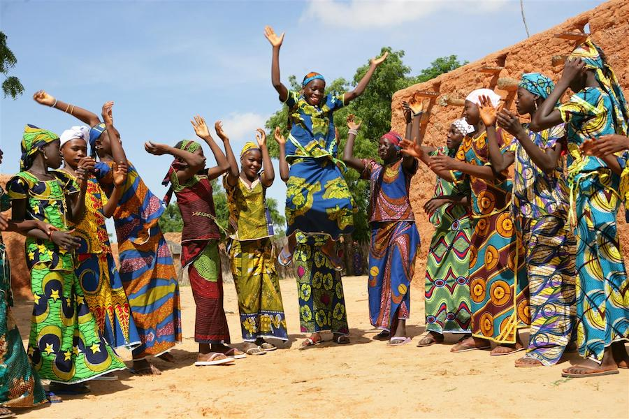 Girls play and sing in the Garin Badjini village in the Maradi region of Niger in 2010.
