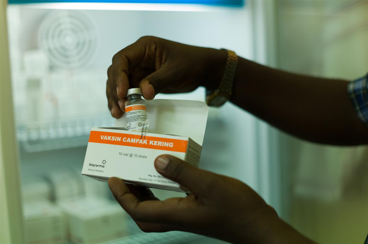 © UNICEF/NYHQ2012-0656/Nesbitt