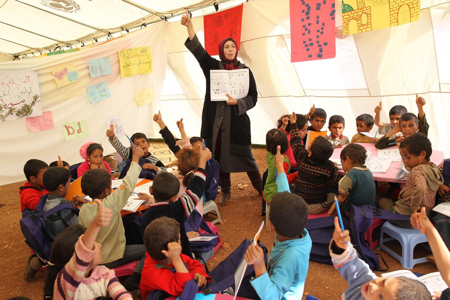 © UNICEF/NYHQ2013-0941/Haidar