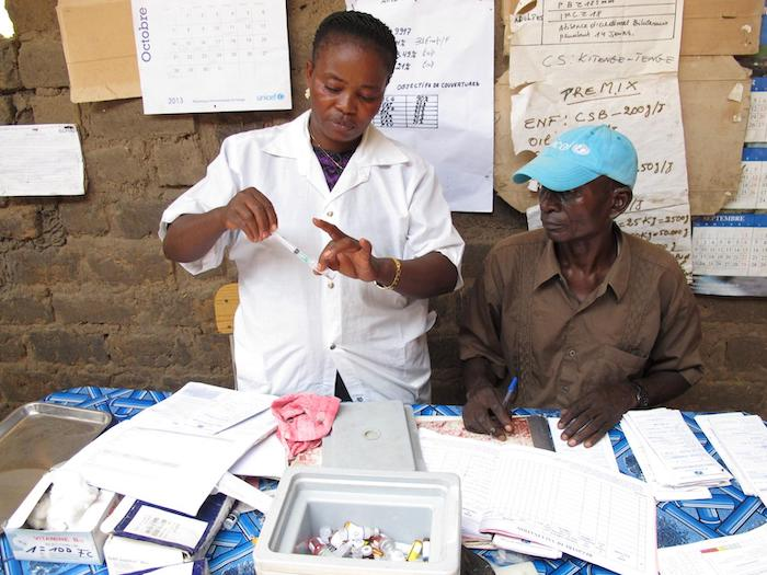 Nurses prepare for the day's vaccination drive at a UNICEF-supported health center in Nyunzu, eastern DRC.