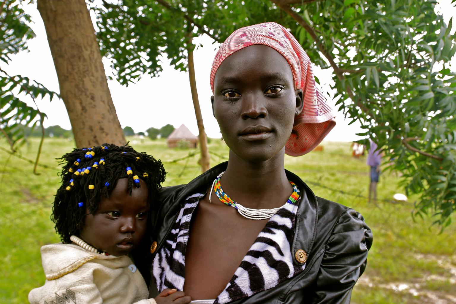 Nyamouch and her daughter, Nyabiel Chuol, in Kiech , South Sudan, where UNICEF and partners are assisting displaced people affected by the conflict.