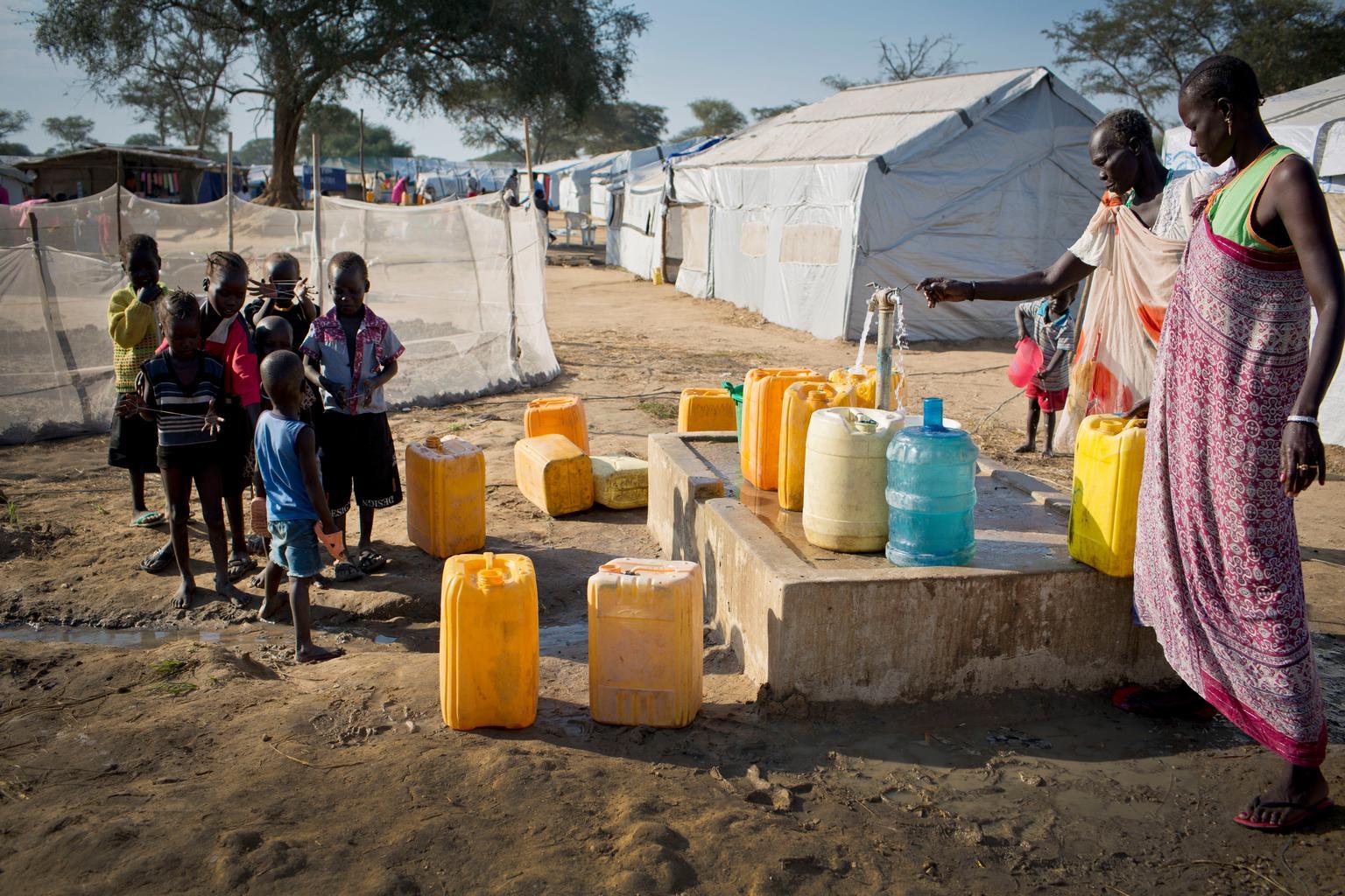 © UNICEF/UNI176399/Holt