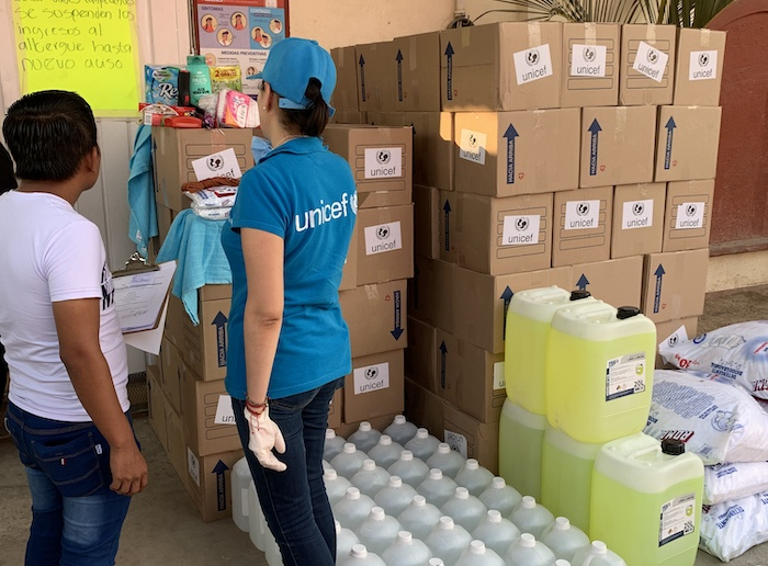UNICEF Mexico´s team prepares to deliver hygiene supplies to migrant families from Central America sheltering in Tapachula.