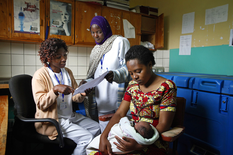 In 2008, Zonta helped support UNICEF's work providing health care, prenatal and obstetrical services, reproductive health programs, nutritional support, psychosocial support and income-generating activities to HIV-positive mothers in Rwanda.