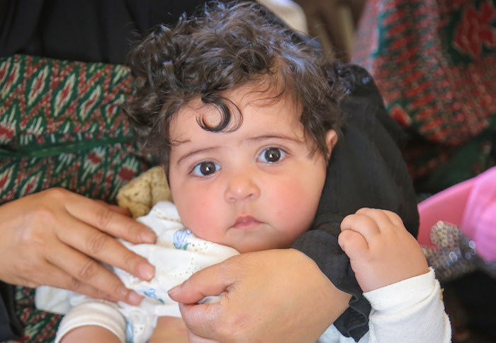 This infant girl is getting better after being treated for pneumonia at a UNICEF-supported health facility in Yemen.