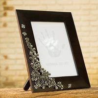 "Thai Fair-Trade 5x7"" Photo Frame of Mango Wood and Pewter, 'Framed in Clover'"