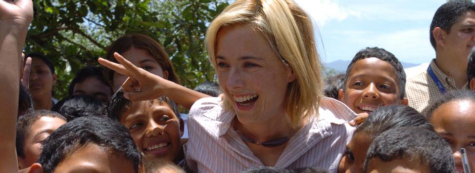 Téa Leoni in Honduras