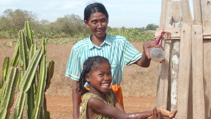 Only half of the overall population and 35 per cent of the rural population have access to improved water sources, with 38 per cent of rural inhabitants relying on surface water for drinking.