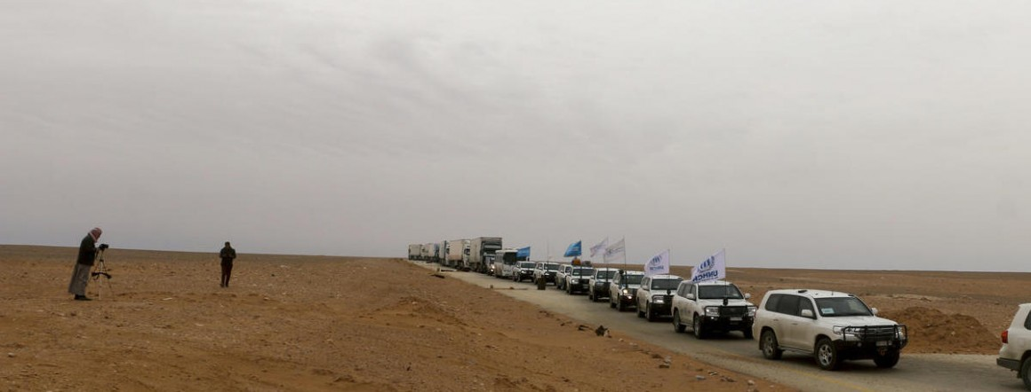 On February 6, 2018, a humanitarian convoy traveling from Damascus neared Rukban makeshift settlement in Syria.
