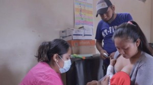 Being vaccinated against COVID-19 protects frontline health workers in Pailón, Bolivia — and their patients, their families and their community.
