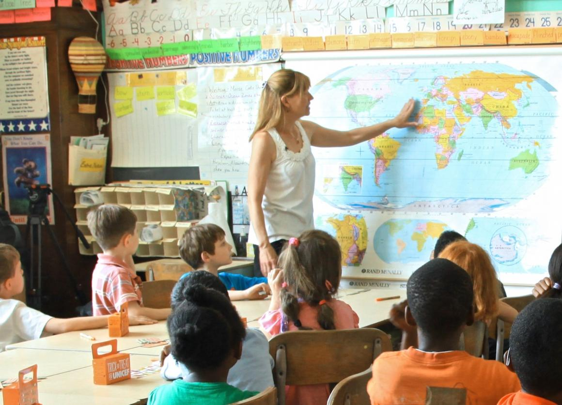 Elementary Classrooms Around The World ~ How to talk your kids about ebola unicef usa