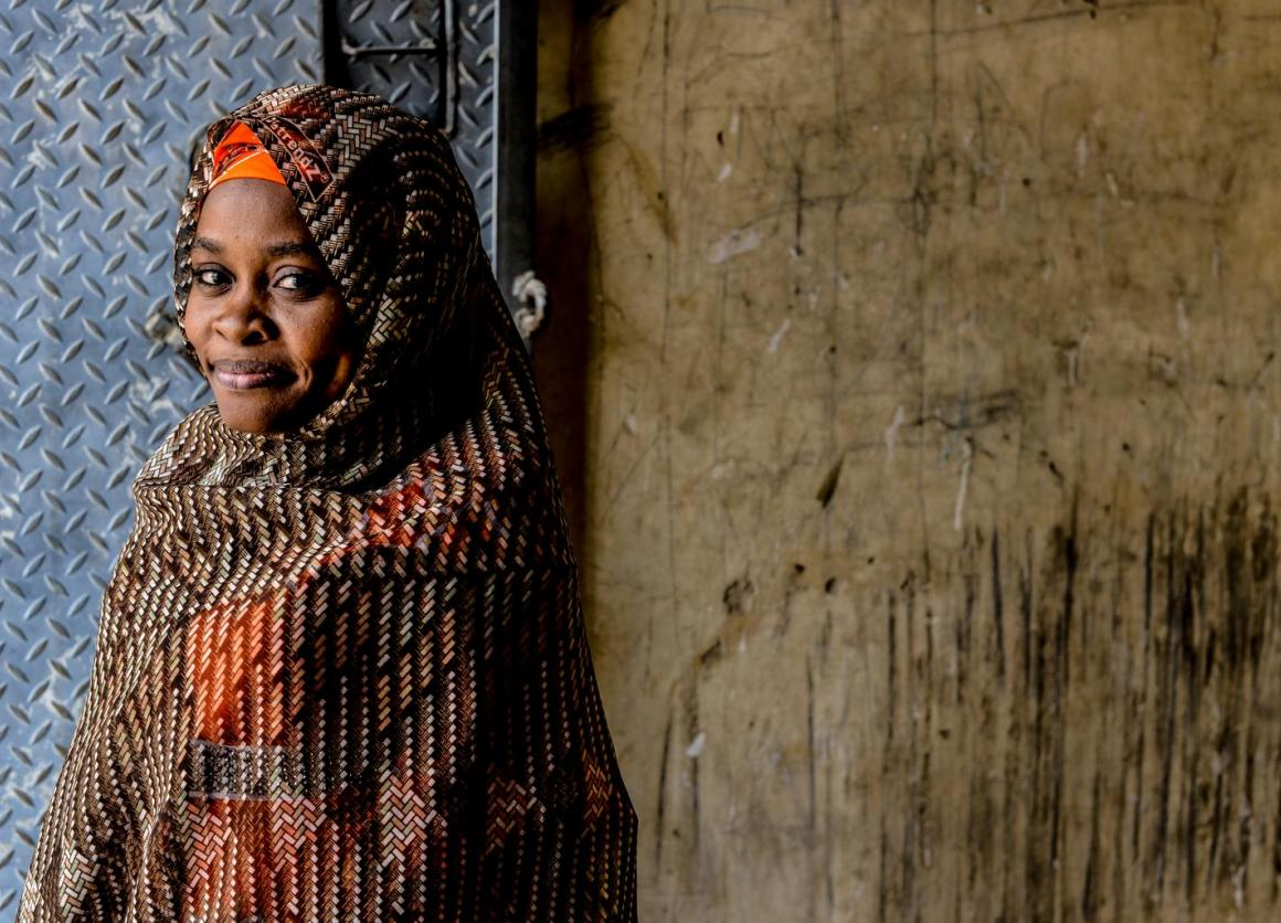 Polio survivors like Amina Abdullhidiso who help convince families to vaccinate their children have helped raise Nigeria's immunization rates. © UNICEF/NYHQ2015-0681/Rich
