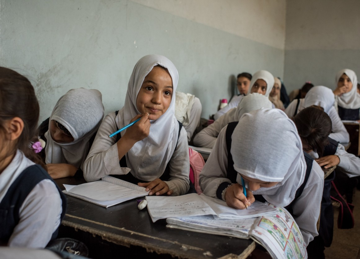 Students attend re-opened school in Mosul, Iraq