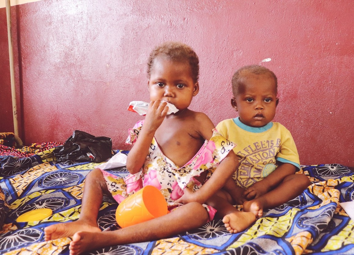 Ma Jolie (left), 6 years, is being treated for severe acute malnutrition at a UNICEF-supported hospital in Central African Republic.