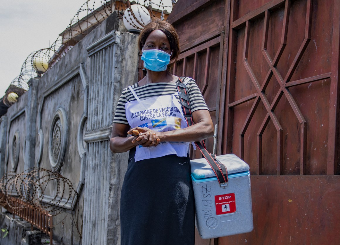 Health worker Arlette Nyange during the UNICEF-supported immunization campaign in Kinshasa, DR Congo.