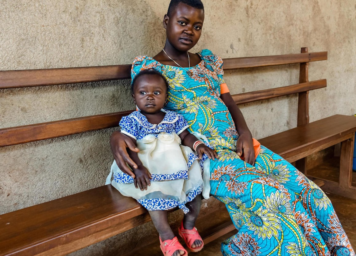A mother and her infant daughter from the Democratic Republic of Congo were both able to recover from Ebola with support from UNICEF.