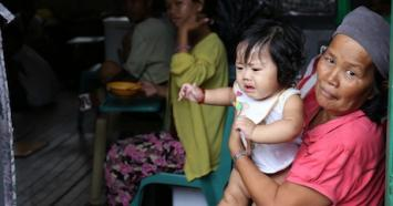 At least 1,000 people are now living in Kapangian Elementary School to take shelter from Super Typhoon Hagupit