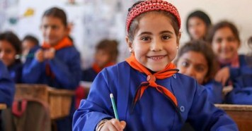 Support from UNICEF and partner Educate A Child made it possible for Catherine, 6, to start attending school in Maskana, eastern rural Aleppo.