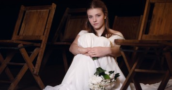 Marrying before age 18 is harmful and should be banned with no exceptions. UNICEF USA and Zonta International are working to end child marriage in the U.S. and around the world.