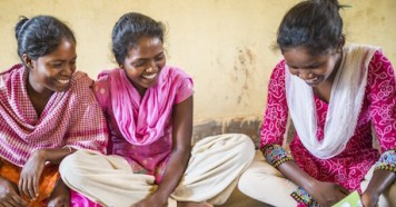 Adolescent girls participate in a UNICEF-supported peer education activity in Jharkhand State, India.