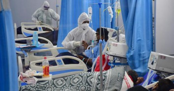 On May 6, 2021, patients struggling for breath receive treatment in the ICU ward at Mulund Jumbo's COVID-19 center in Mumbai, India.