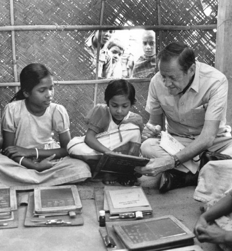 UNICEF Executive Director James Grant visits a classroom in Bangladesh