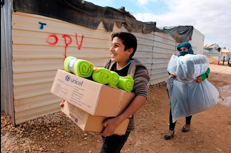 TOMS Helps Syrian Children Stay Warm This Winter